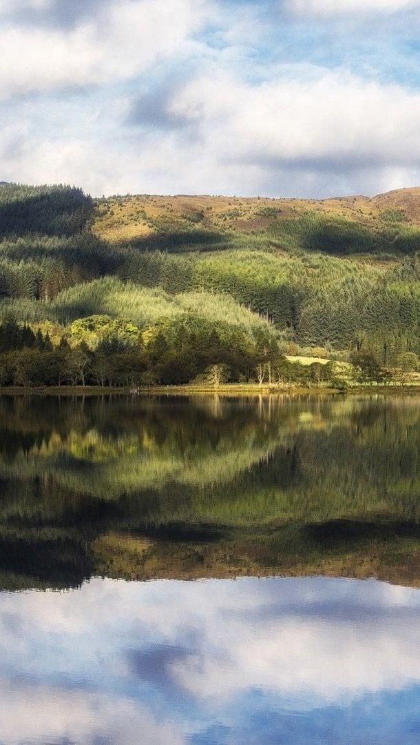 Wallpaper Loch Chon at Trossachs in Scotland Vertical