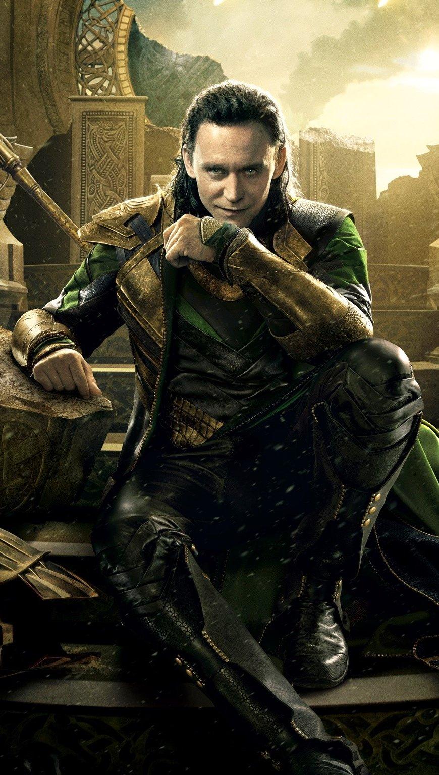 Wallpaper Loki in Thor 2 Vertical