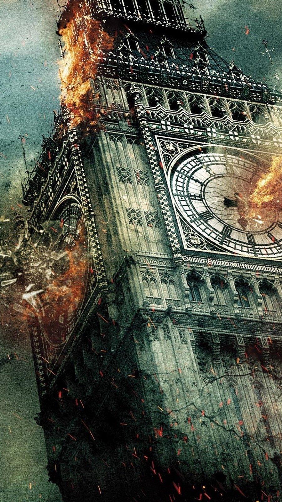 Wallpaper London Under Fire Vertical