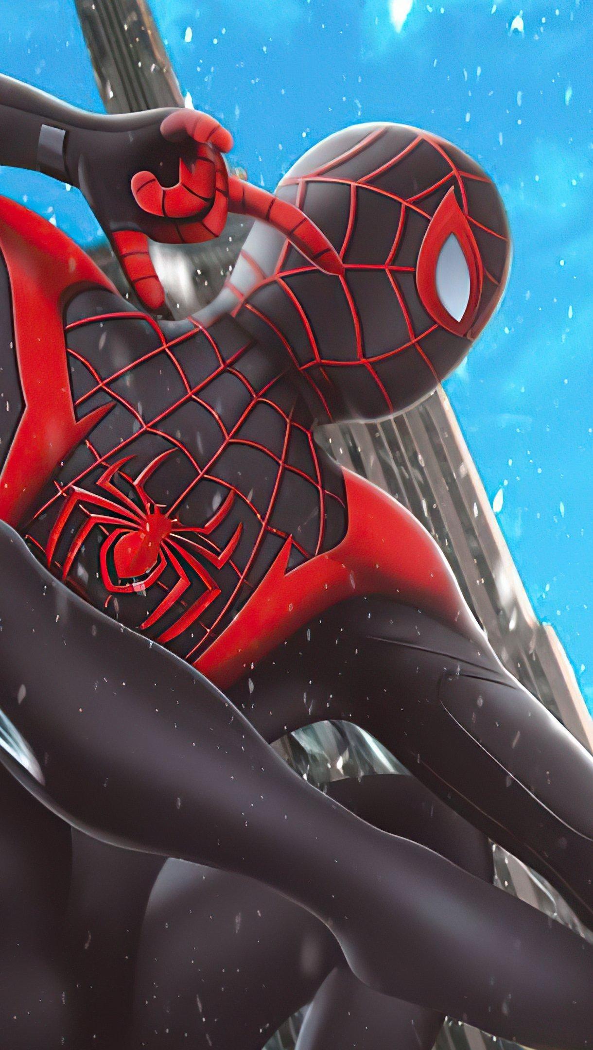 Fondos de pantalla Miles Morales como el Hombre Araña con traje negro Vertical