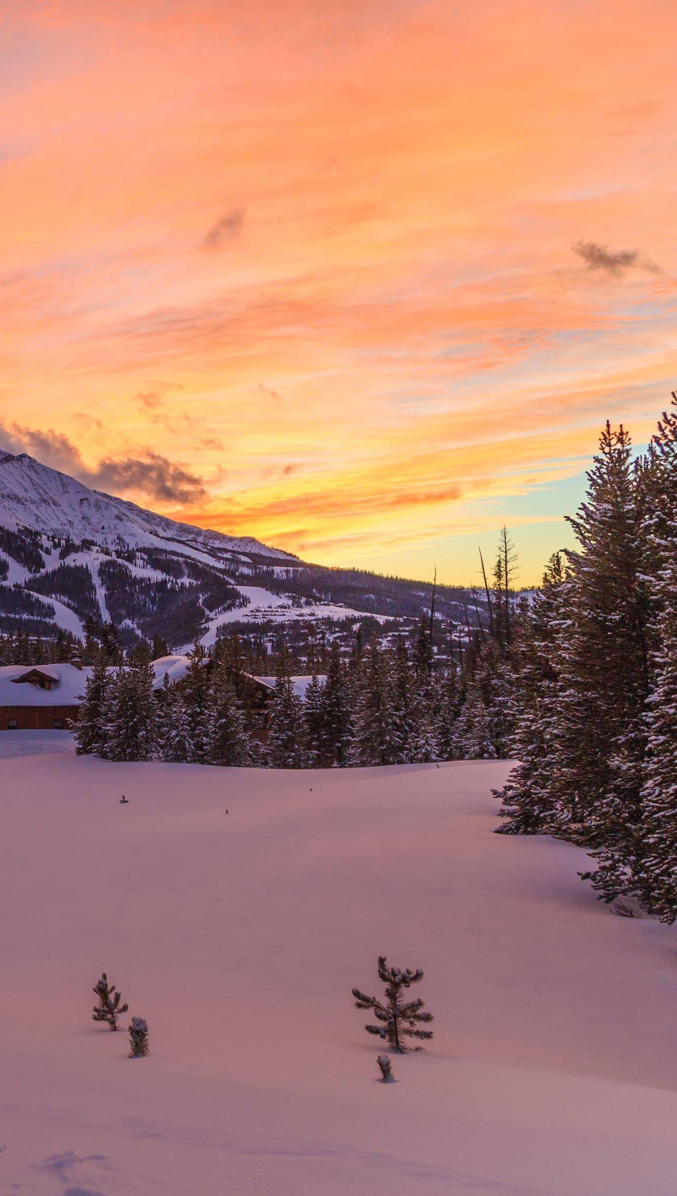 Fondos de pantalla Montaña en el invierno al atardecer Vertical