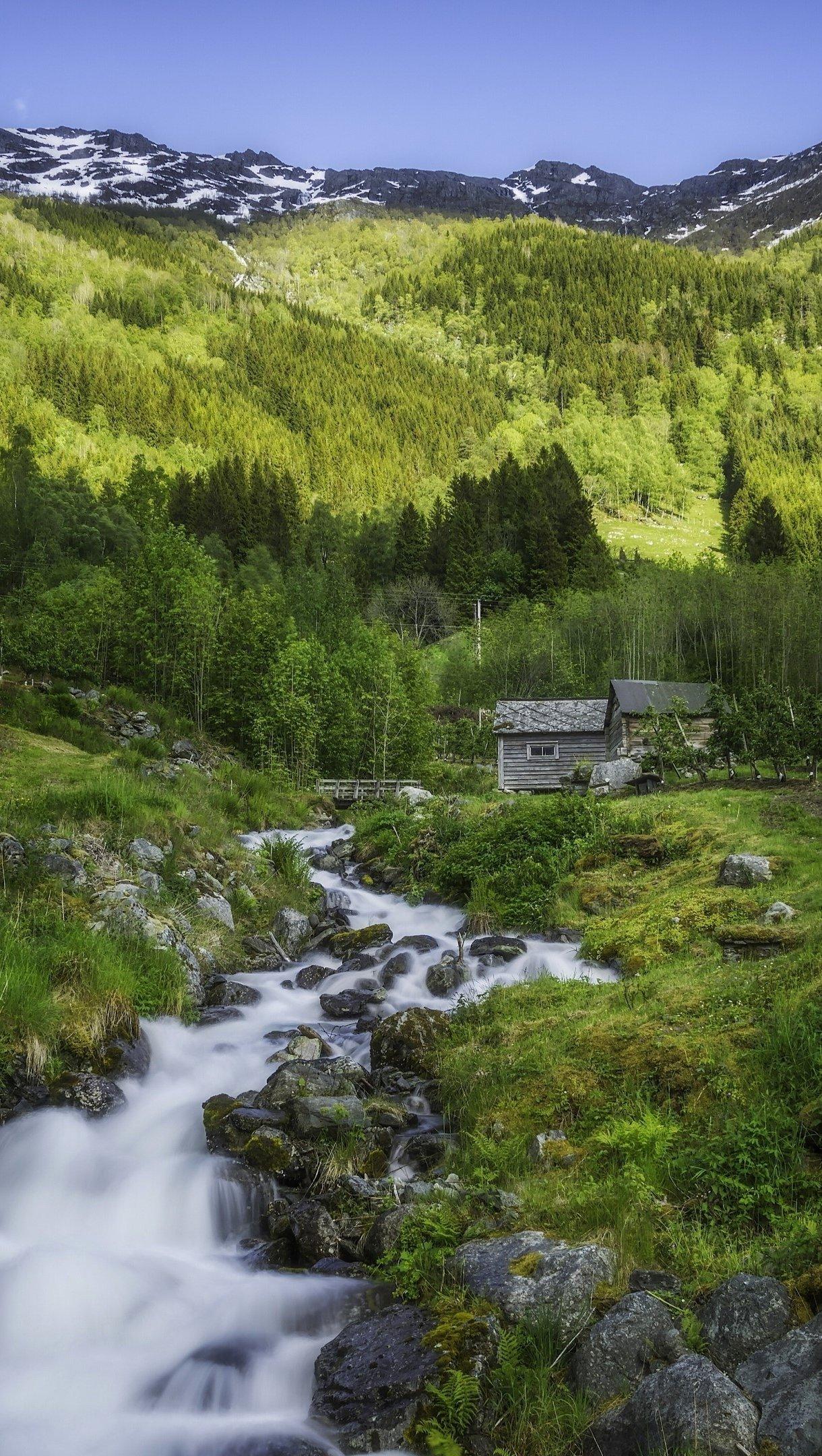 Fondos de pantalla Montaña Hardangervidda en Noruega Vertical