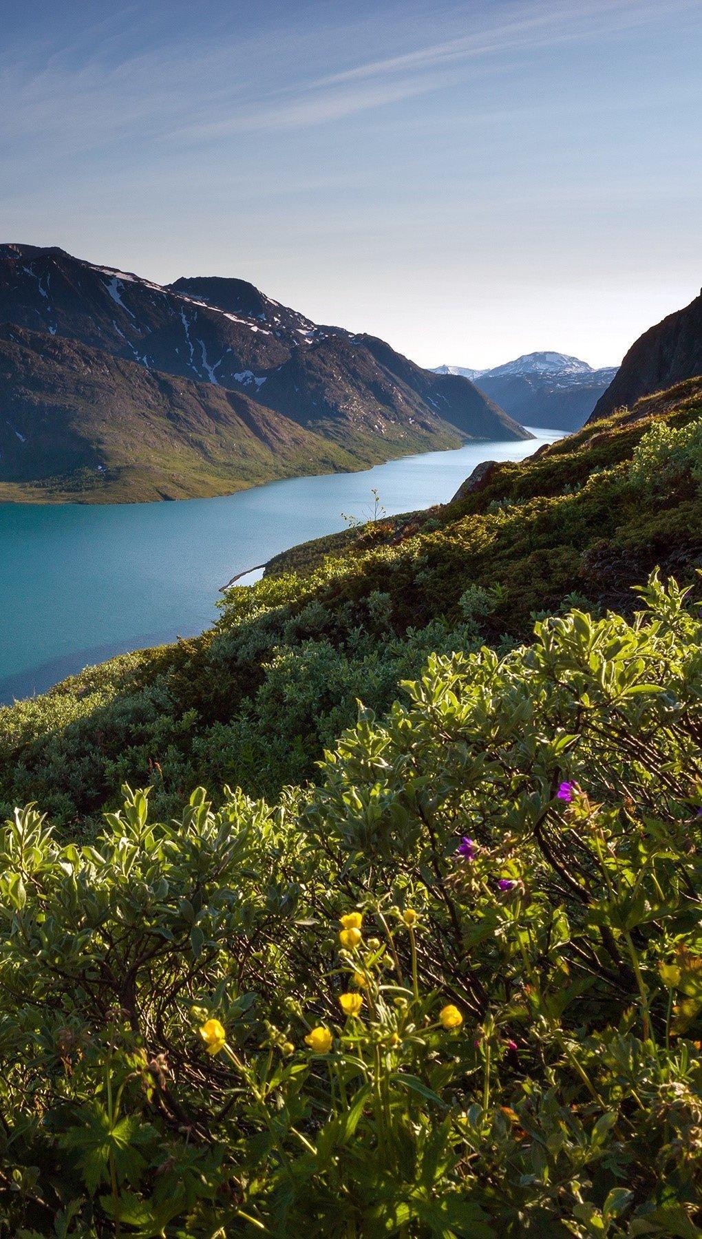 Wallpaper Norwegian mountains Vertical