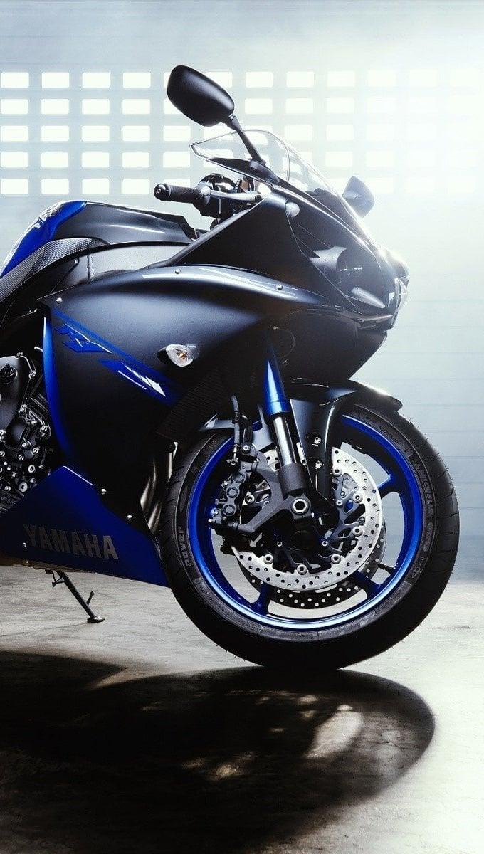 Wallpaper Moto Yamaha YZF R1 Vertical