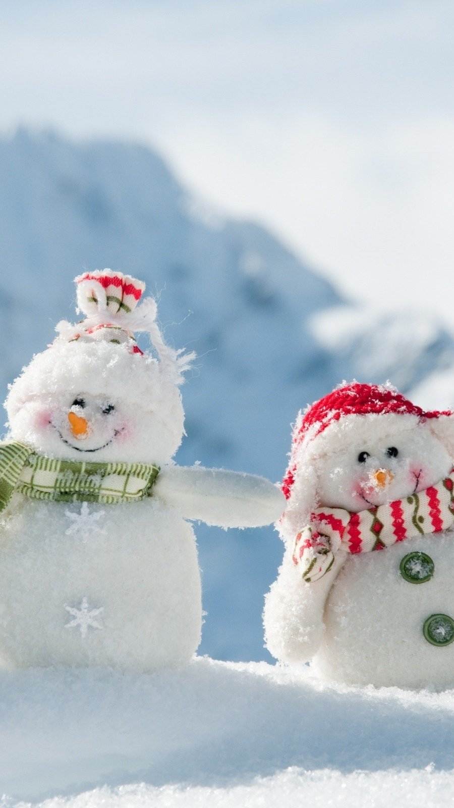 Wallpaper Snowmen at the North Pole Vertical