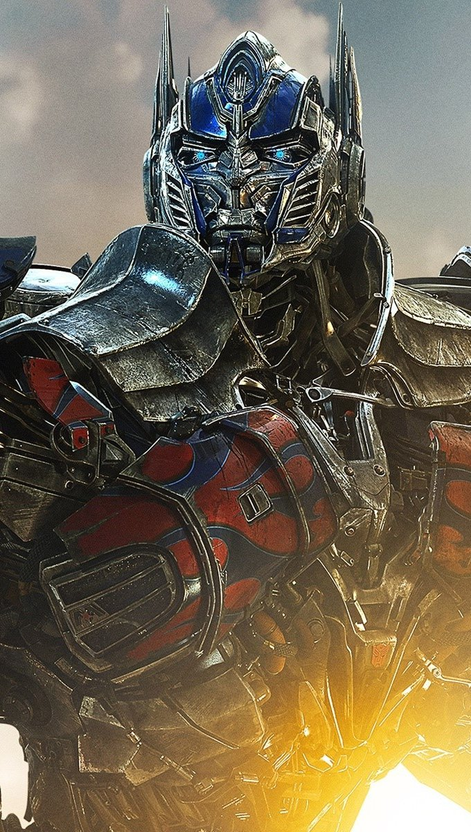 Wallpaper Optimus Prime in Transformers Vertical