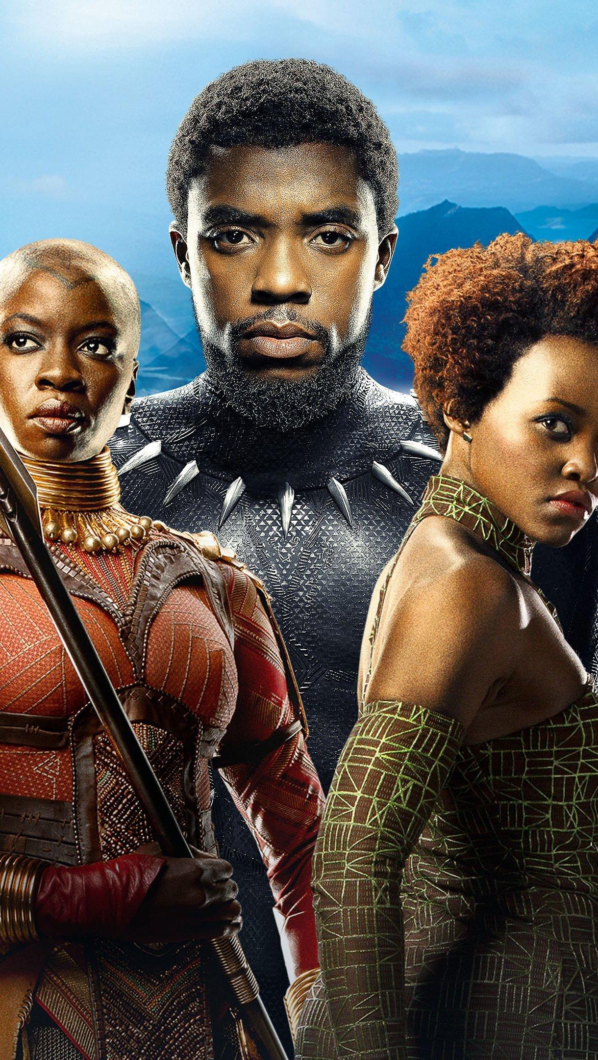 Wallpaper Black Panther Movie Vertical
