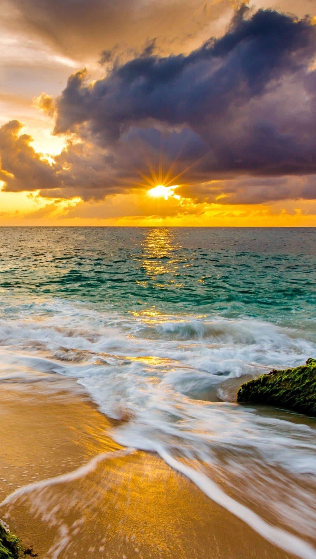 Fondos de pantalla Playa al atardecer en Hawaii Vertical