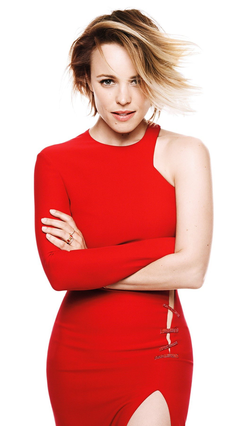 Fondos de pantalla Rachel McAdams en un vestido rojo Vertical