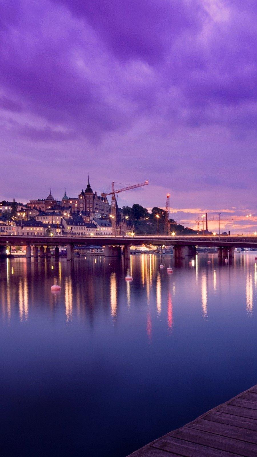 Fondos de pantalla Reflejos en Stockholm Suecia Vertical