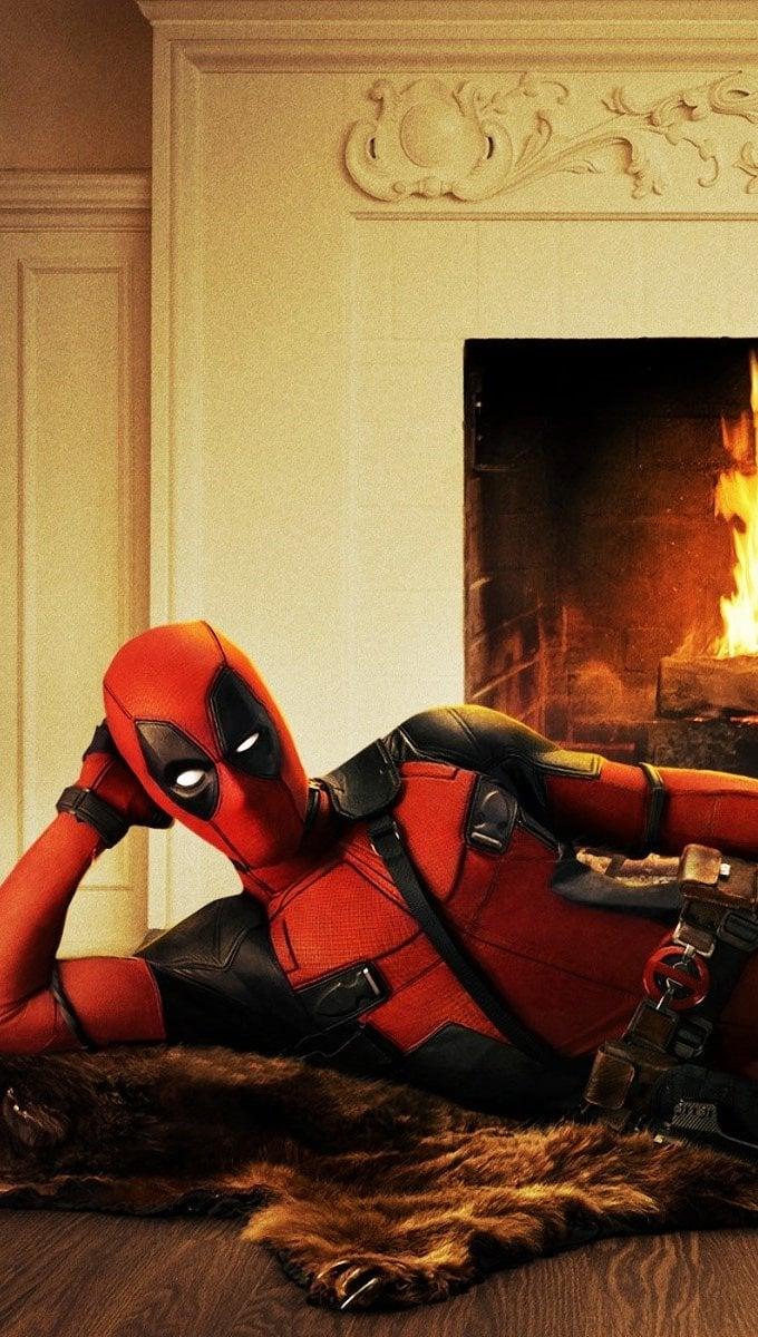 Wallpaper Ryan Reynolds as Deadpool Vertical