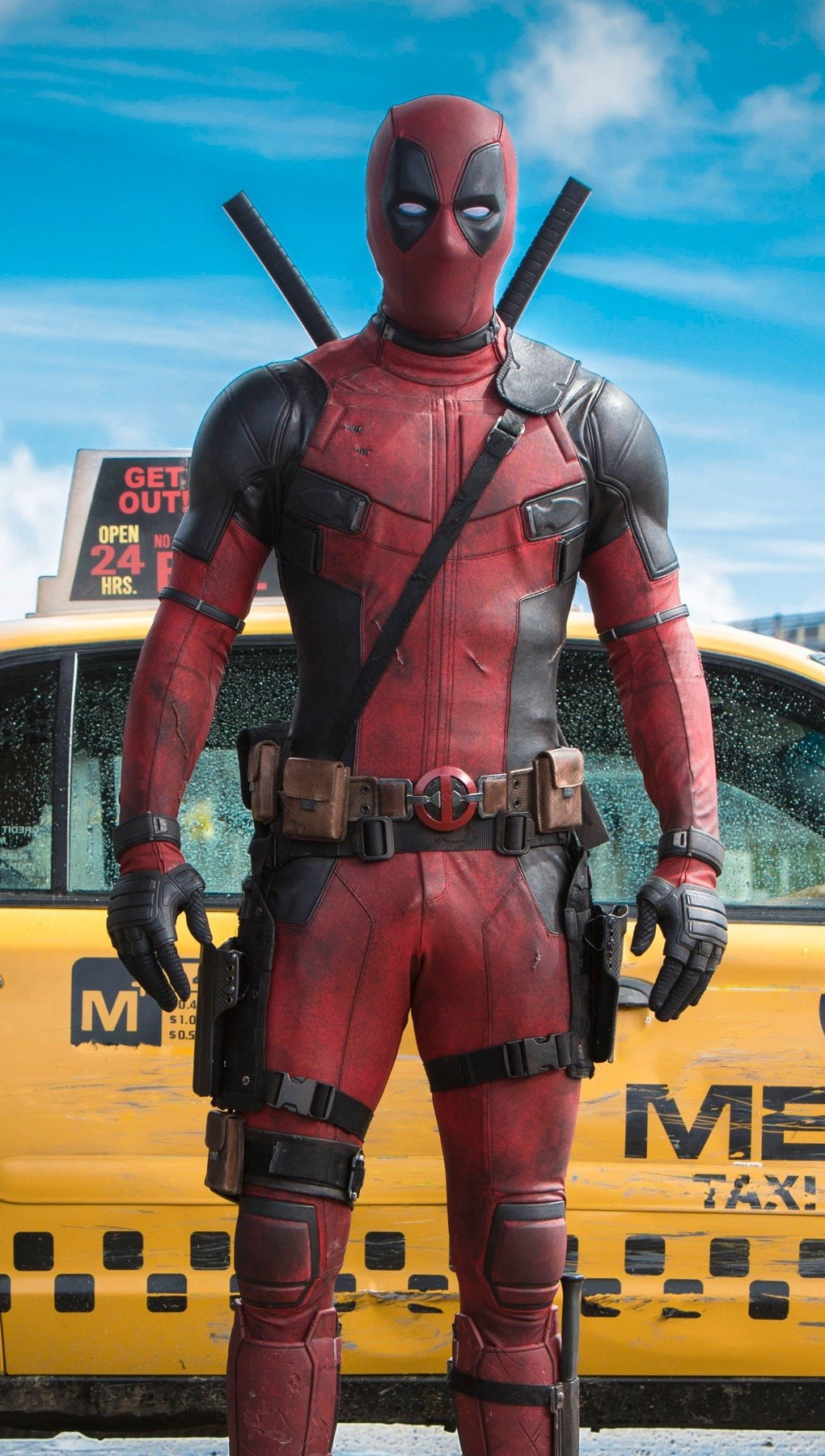 Wallpaper Ryan Reynolds as Deadpool in front of a taxi Vertical