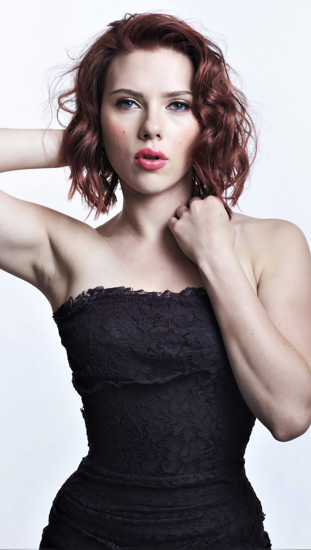 Wallpaper Scarlett Johansson on black dress Vertical