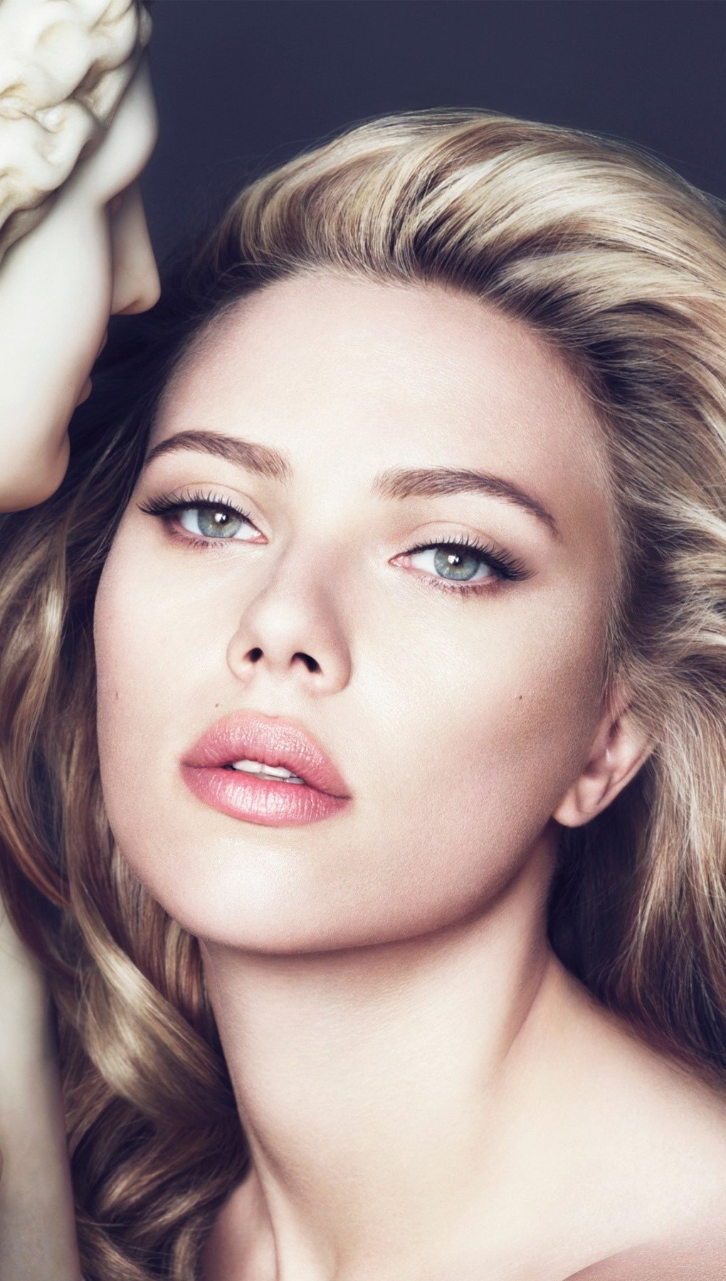 Wallpaper Scarlett Johansson for Dolce Gabbana Vertical