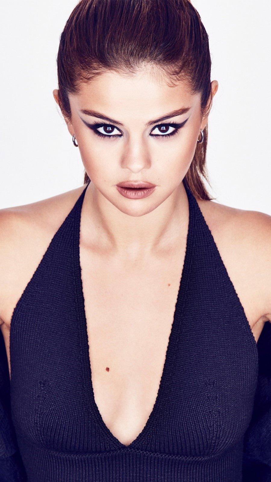 Wallpaper Selena Gomez in black dress Vertical