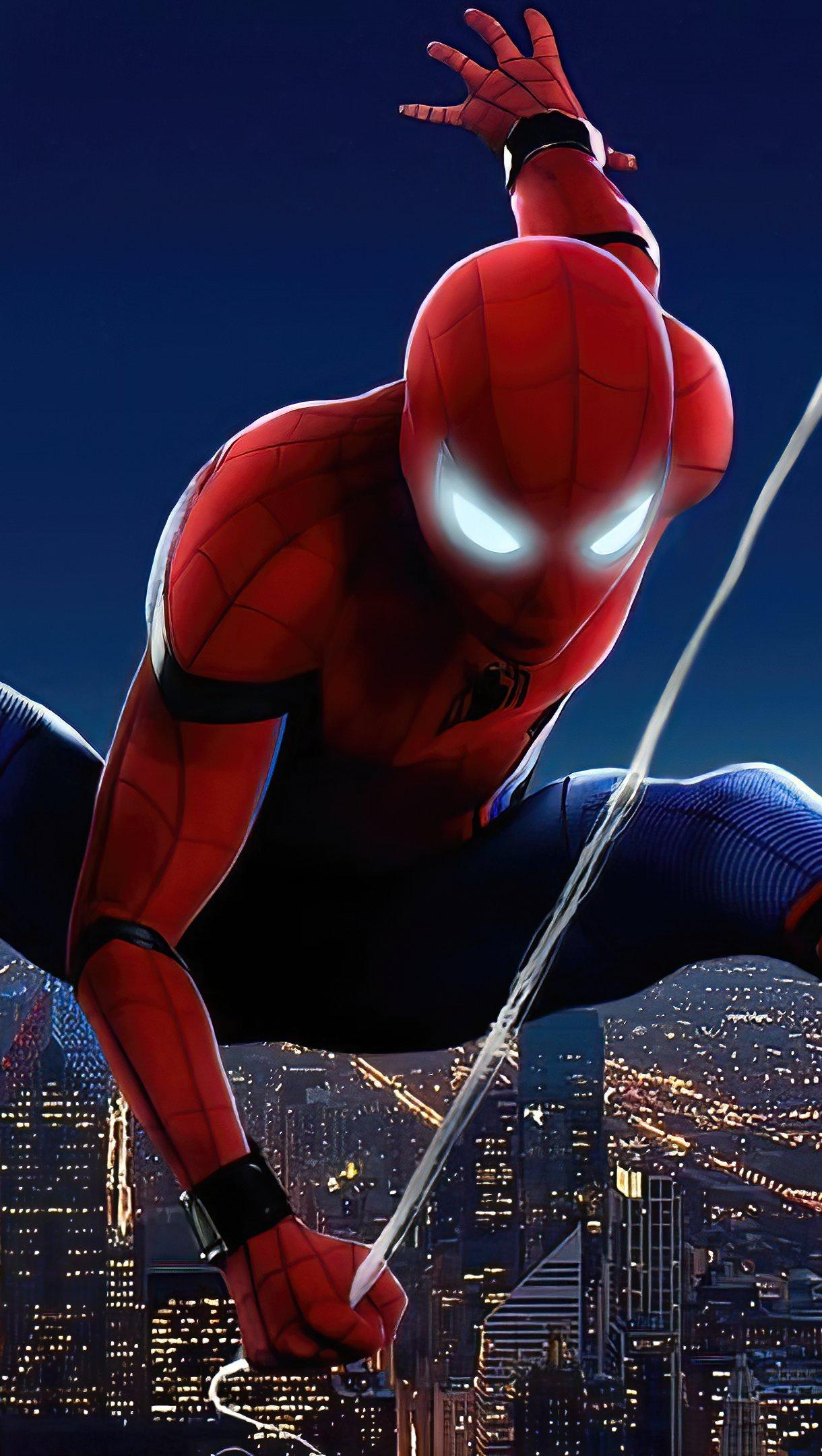 Fondos de pantalla Spider Man en la ciudad Vertical