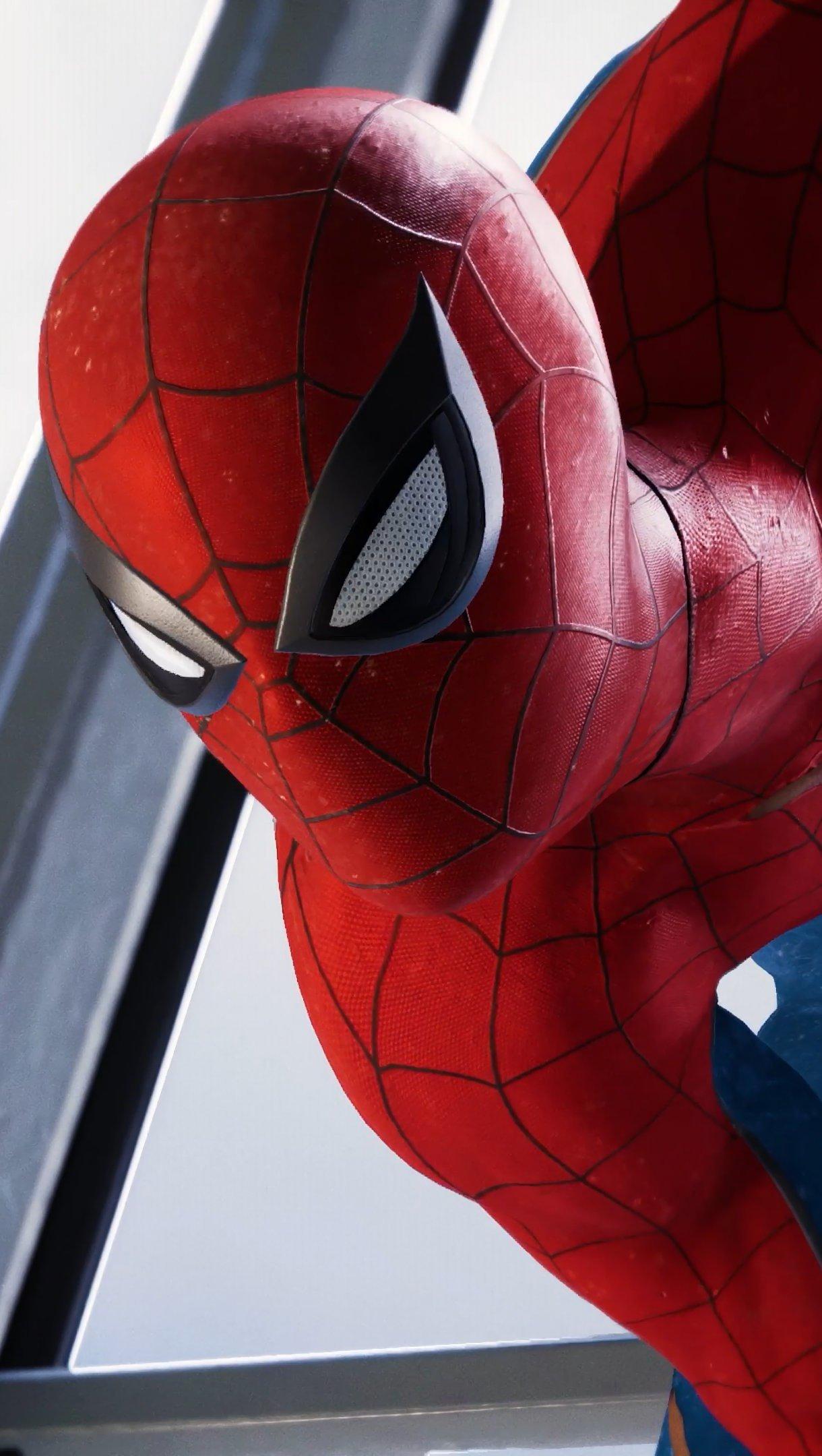 Fondos de pantalla Spider-Man PS4 observando Vertical