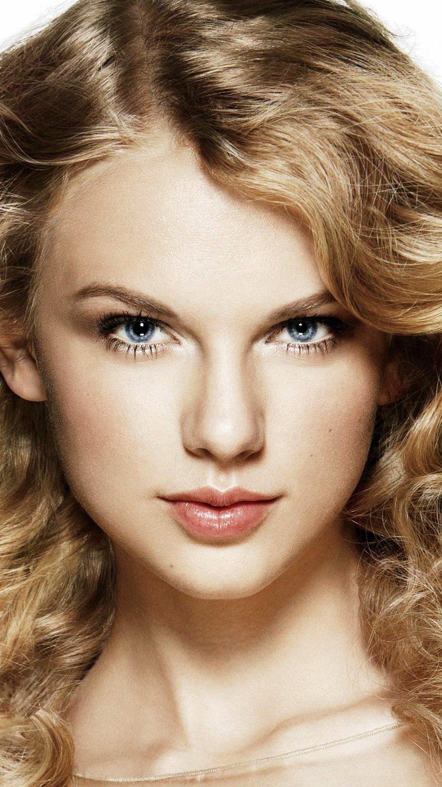Fondos de pantalla Taylor Swift con rizos Vertical