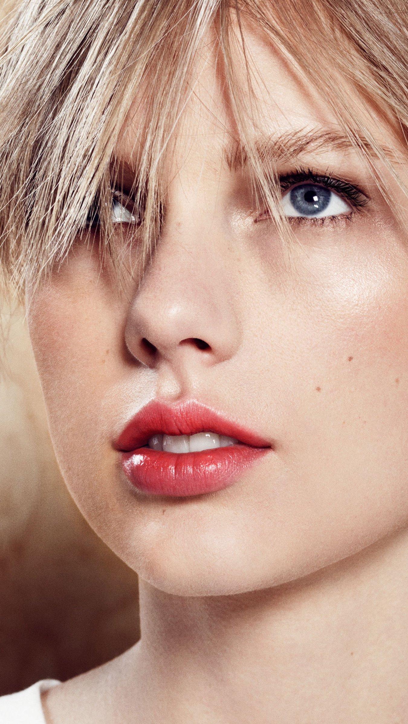 Fondos de pantalla Taylor Swift Harpers Bazaar Vertical