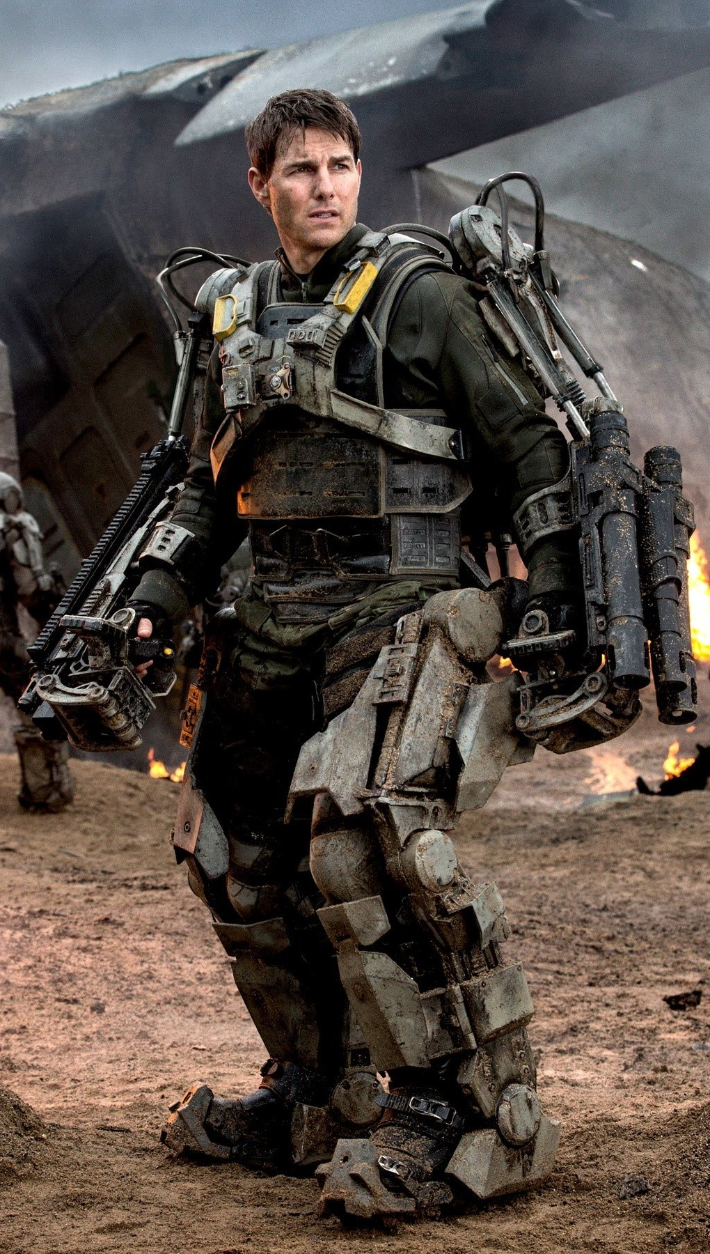 Wallpaper Tom Cruise in On the Edge of Tomorrow Vertical