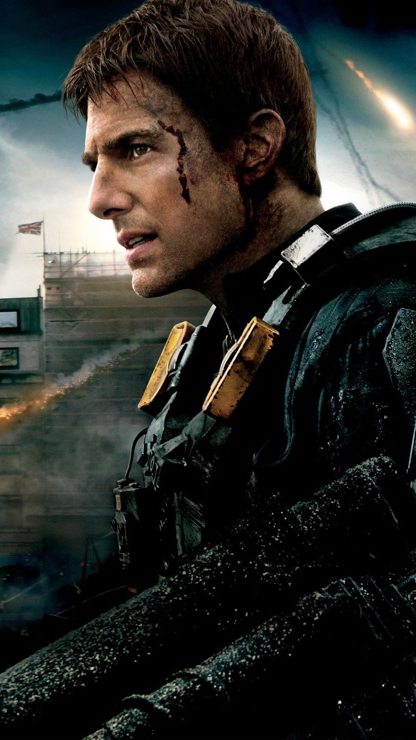 Wallpaper Tom Cruise in the movie On the Edge of Tomorrow Vertical