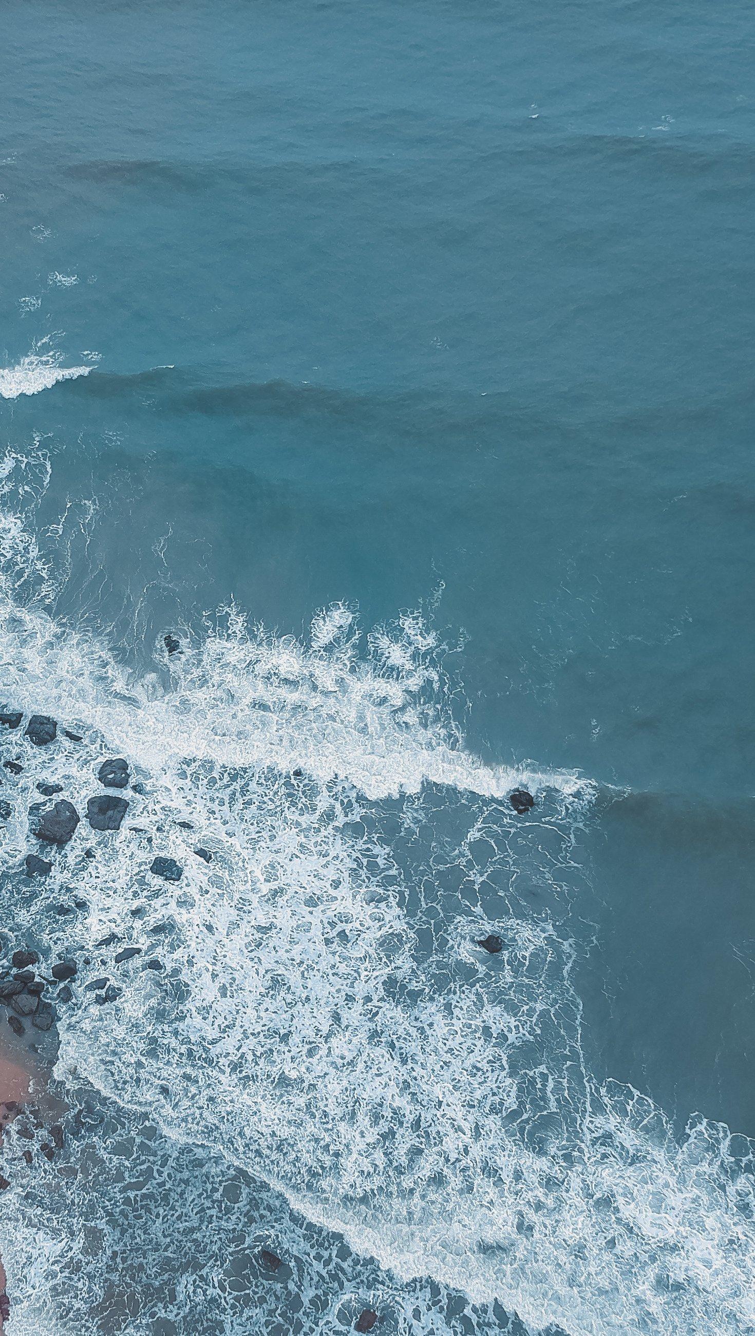 Fondos de pantalla Toma aérea de costa del mar playa Vertical