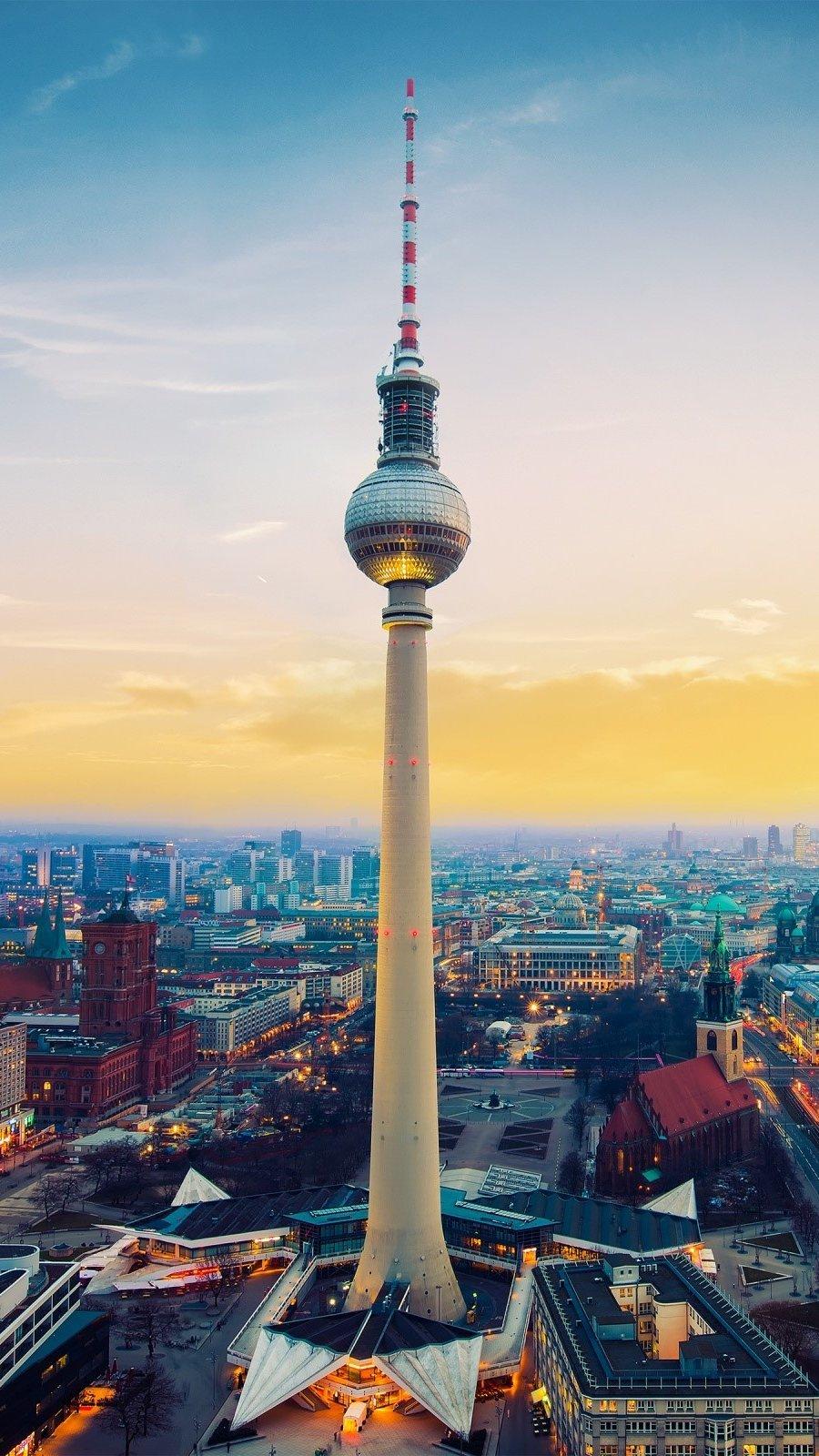 Fondos de pantalla Torre Fernsehturm en Berlin Vertical