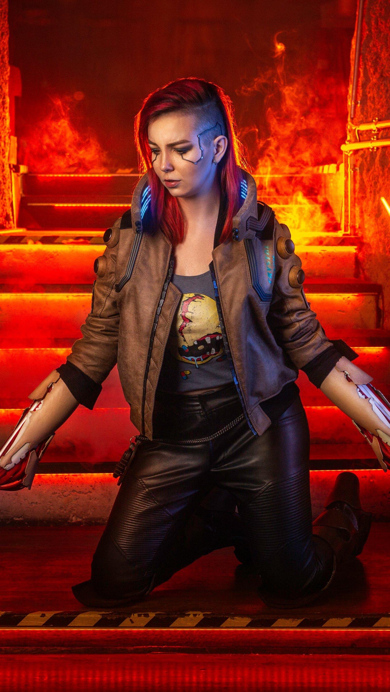 Fondos de pantalla V en Cyberpunk 2077 Cosplay Vertical