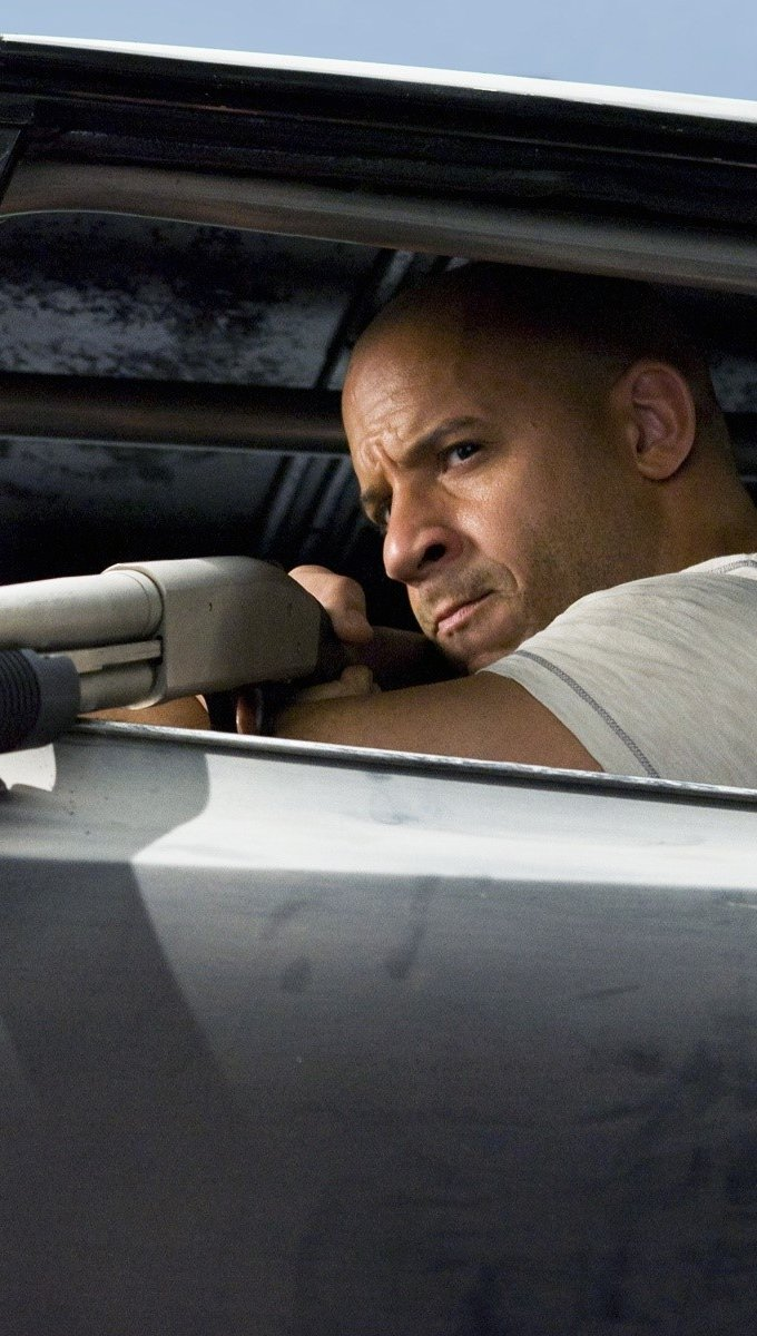 Wallpaper Vin Diesel Dom in Fast and Furious Vertical