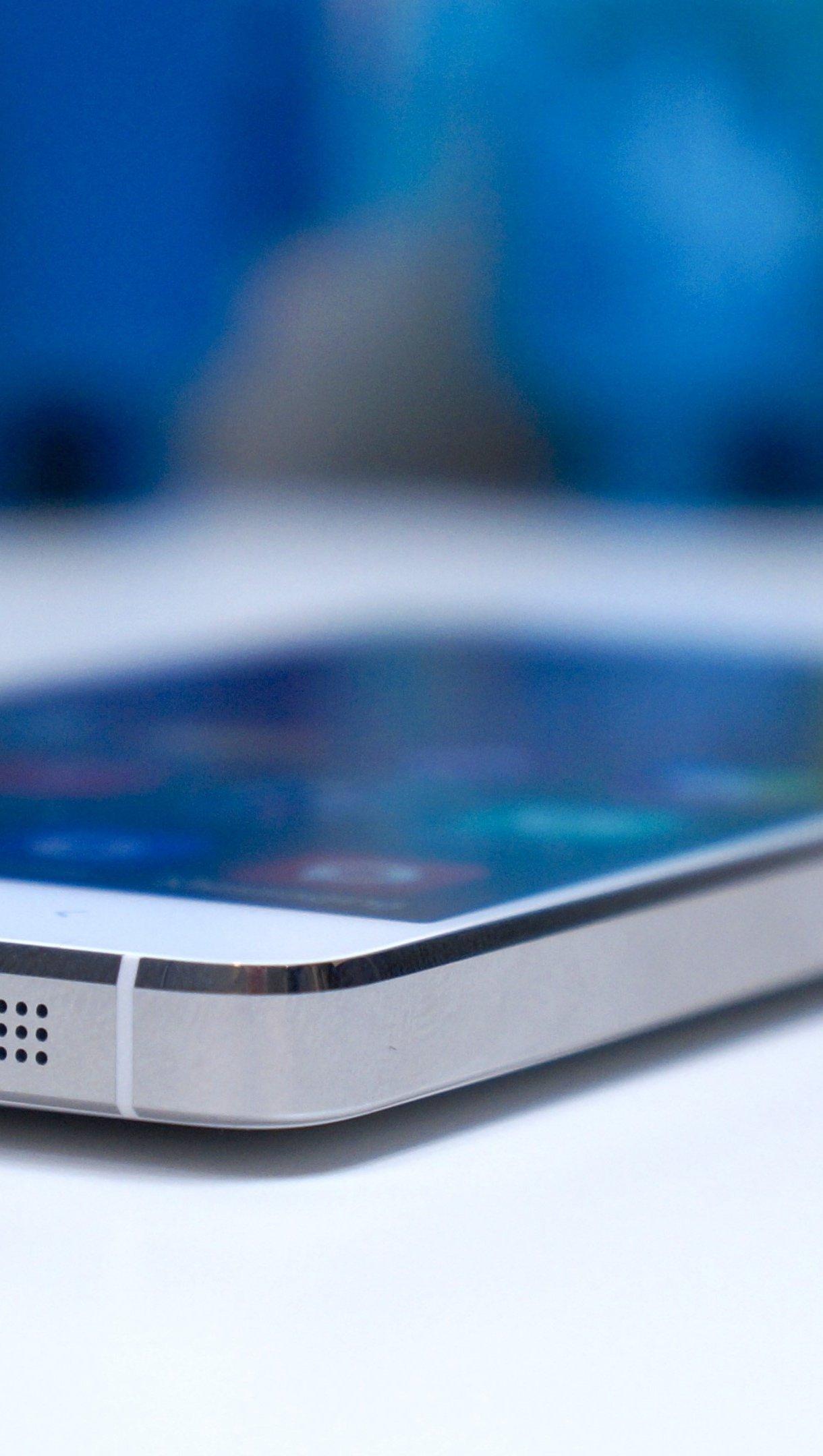 Wallpaper Xiaomi MI4 Smartphone Vertical