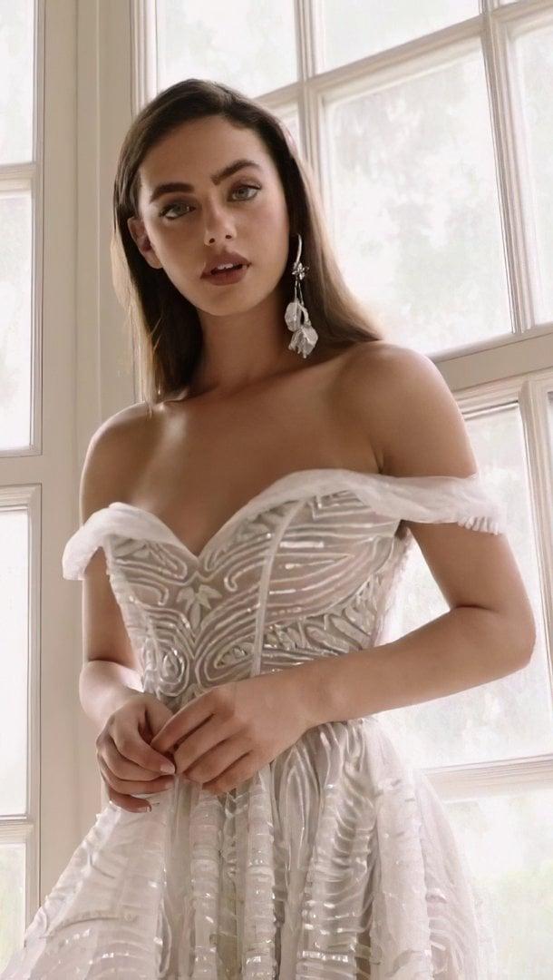 Fondos de pantalla Yael Shelbia vestido blanco Vertical