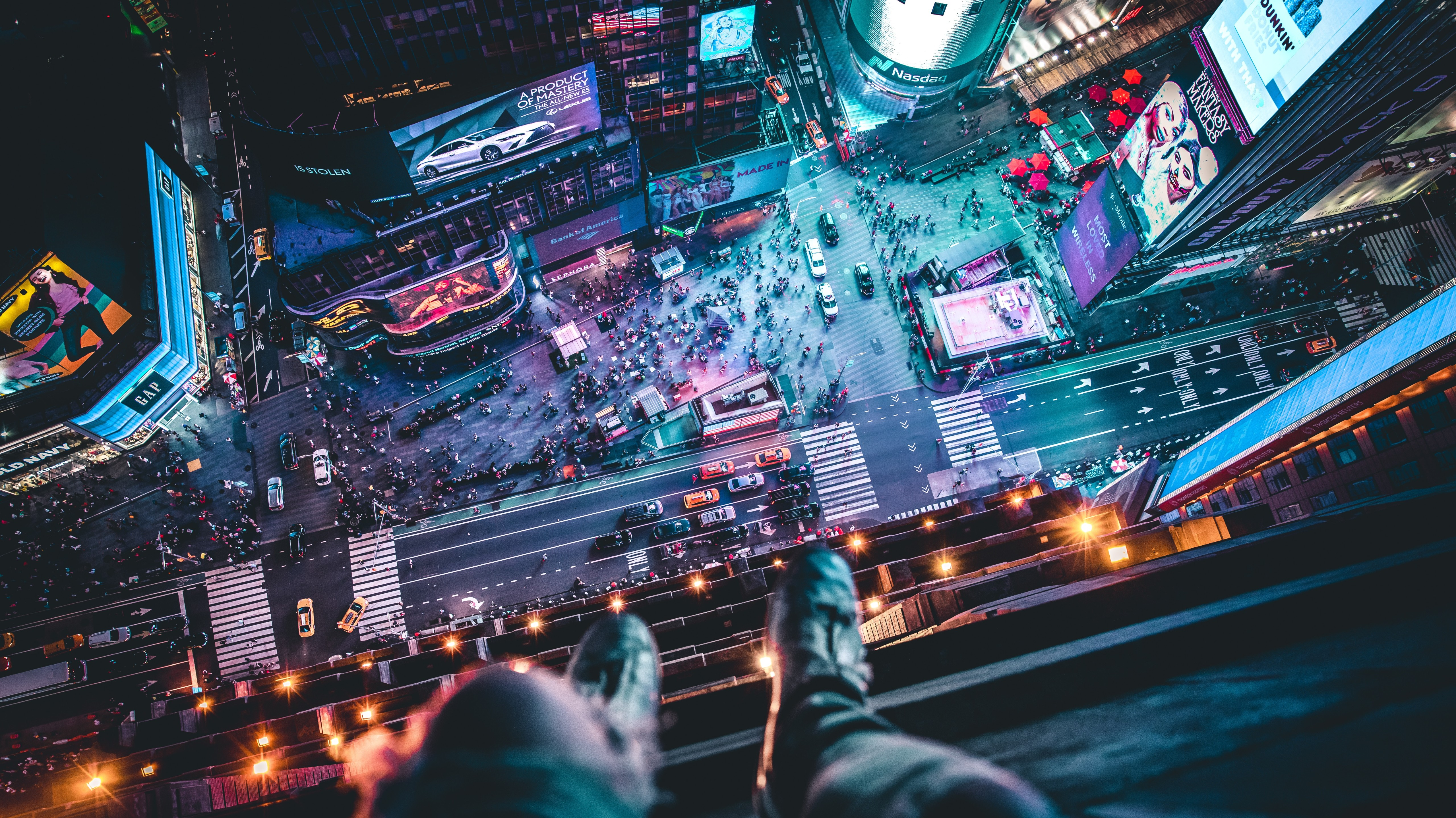 Aerial View Of Times Square With Man Sitting Wallpaper 5k Ultra Hd