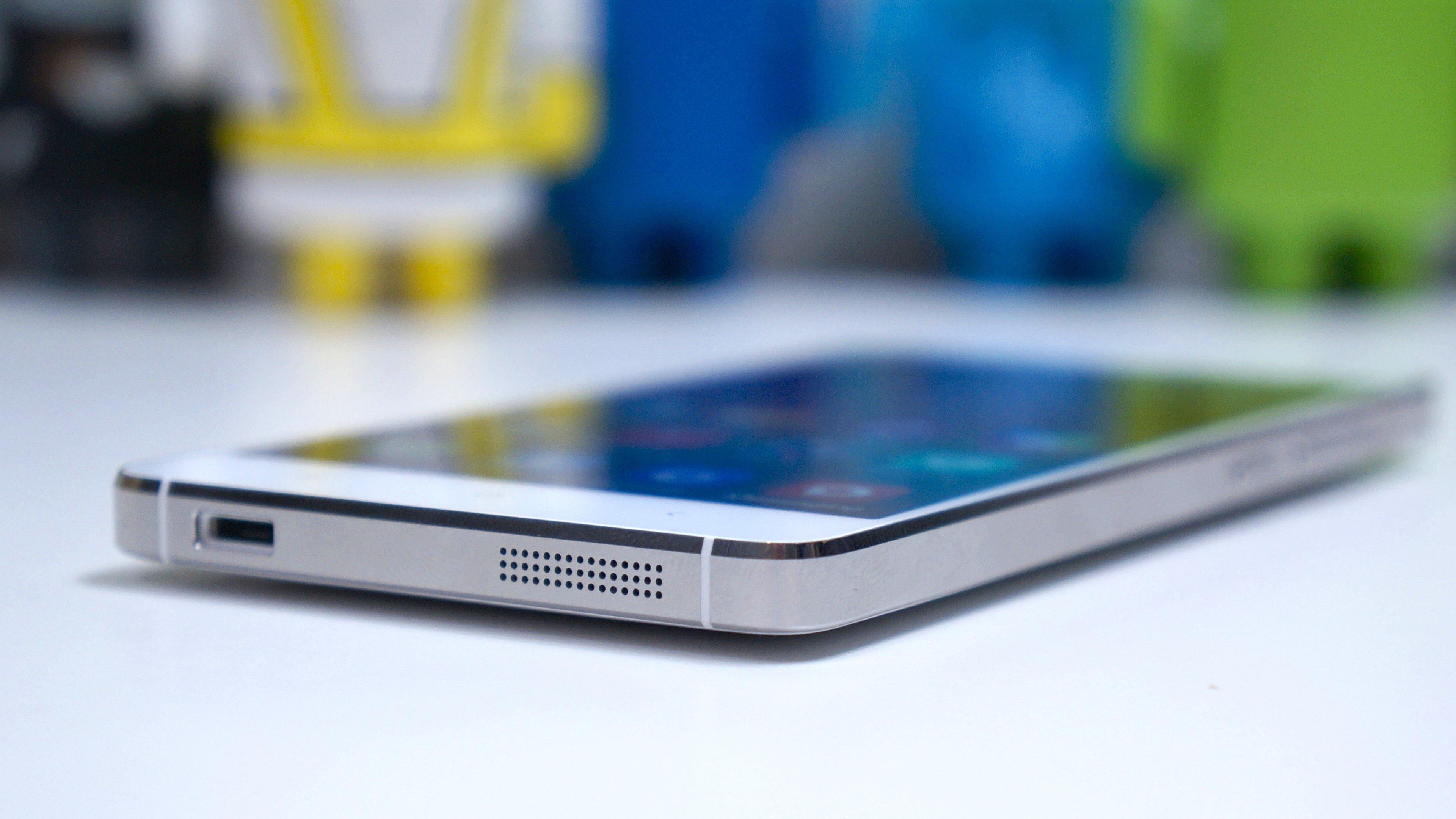 Wallpaper Xiaomi MI4 Smartphone