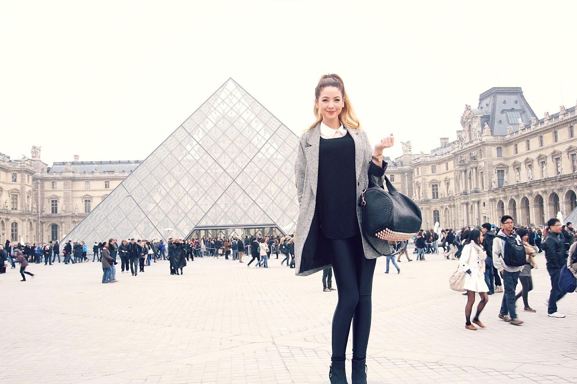 Wallpaper Zoe Sugg en Paris